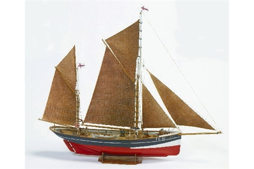 1:50 FD 10 YAWL -WOODEN HULL